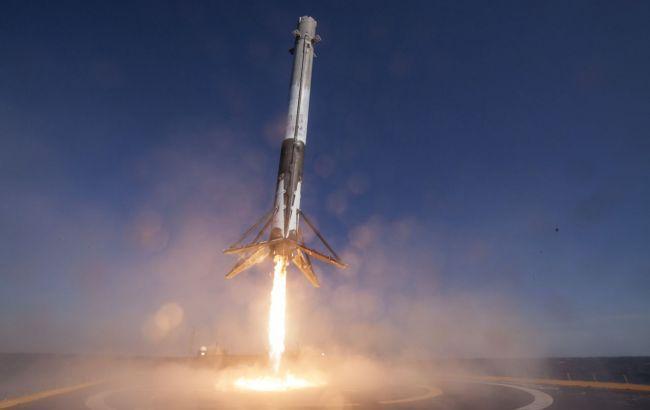 SpaceX запустила катарский спутник на орбиту