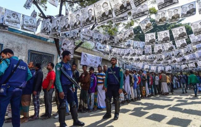 Число погибших на выборах в Бангладеш возросло