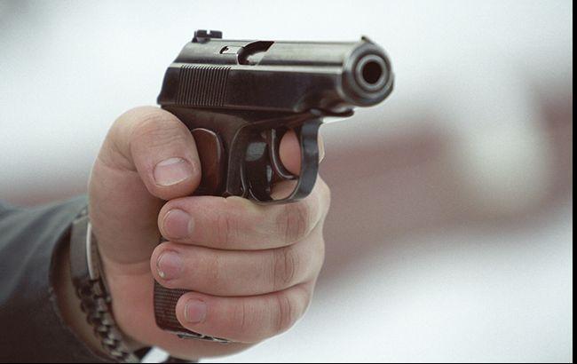 Стрельба во Франции: полиция просит жителей не покидать дома