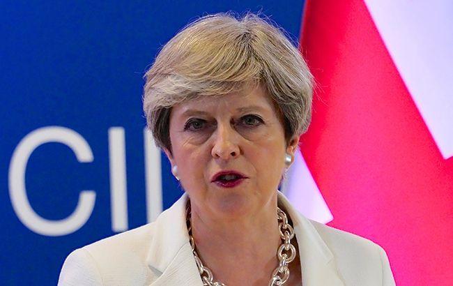 Премьер Британии в рождественском обращении поблагодарила армию за защиту от РФ