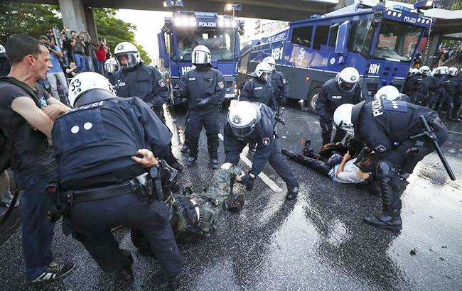 Мужчину, въехавшего на территорию аэропорта в Ганновере, задержали