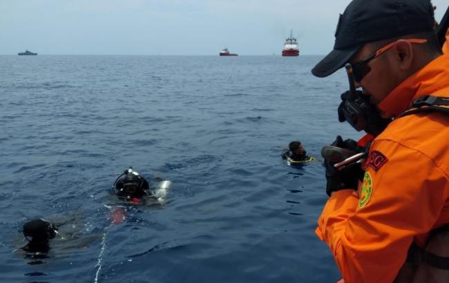 Крушение самолета в Индонезии: семья одного из погибших подала иск против Boeing