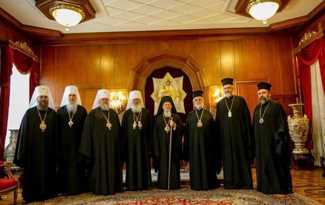 Вселенский патриархат назвал дату вручения томоса Украине