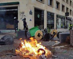 Во Франции прогнозируют миллиардные убытки от протестов