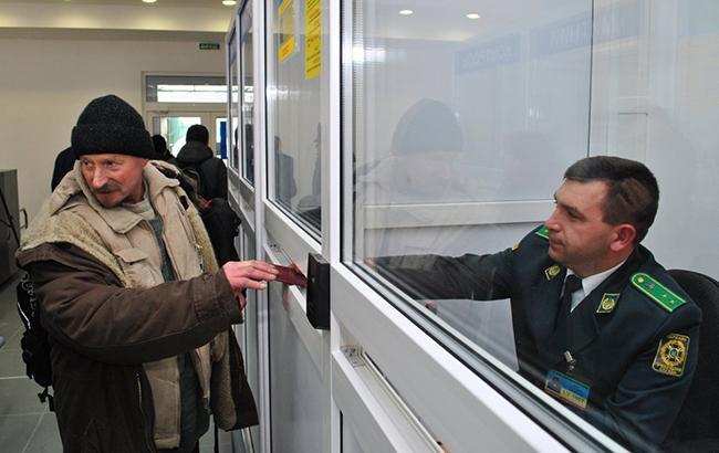 Раде предлагают предусмотреть въезд иностранцев в Украину лишь по биометрике