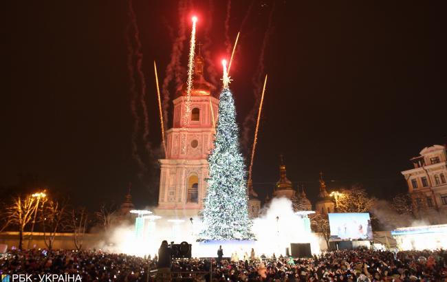 Более 5,5 млн украинцев встречали Новый год и Рождество в местах массовых празднований