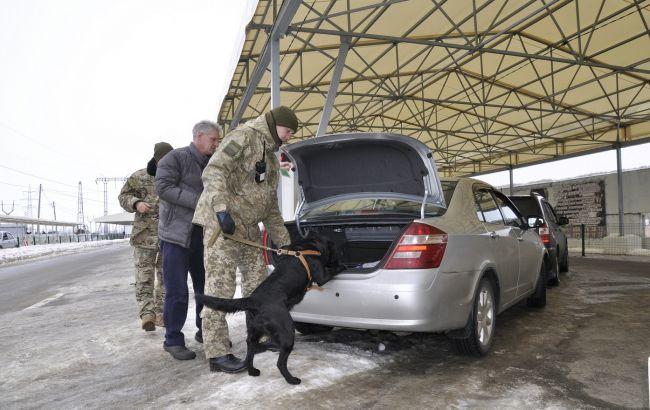 Пункты пропуска на Донбассе за сутки пересекли более 41 тыс. человек