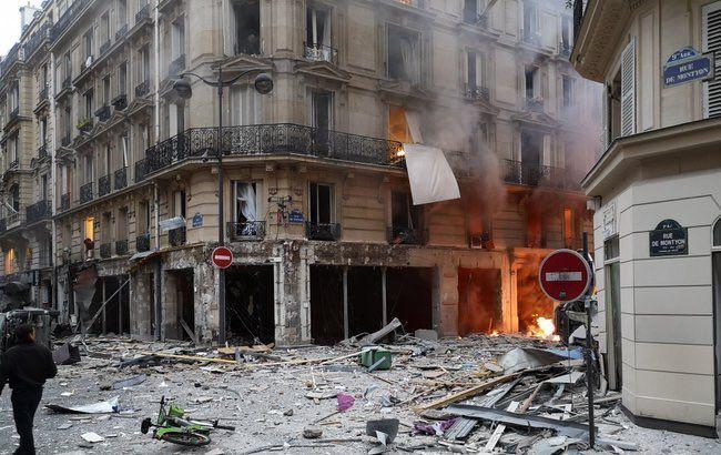 В Париже, на месте взрыва пекарни, обнаружили тело 4 жертвы
