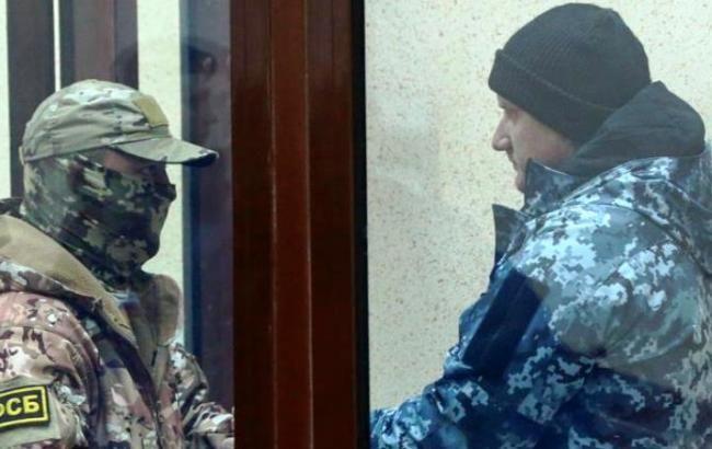 Адвокат Новиков считает, что украинских моряков будут судить не раньше чем через год
