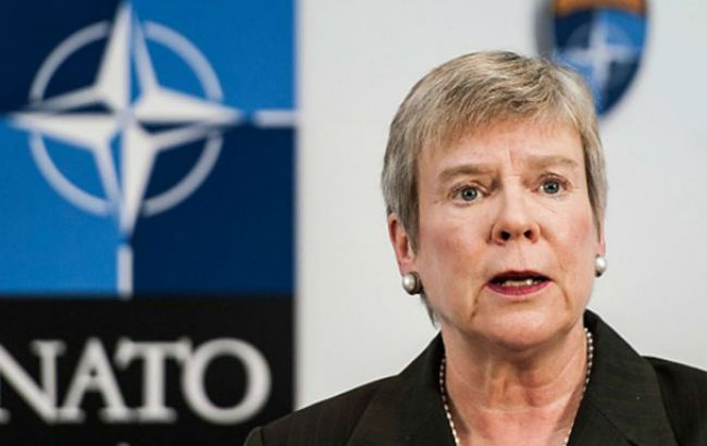 НАТО выразило солидарность с Венгрией относительно закона об образовании в Украине