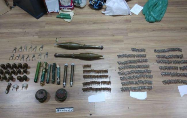 В Харьковской обл. задержали торговца боеприпасами и взрывчаткой