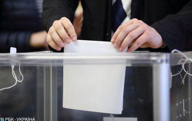 Во Франции подсчитали голоса на выборах президента Украины