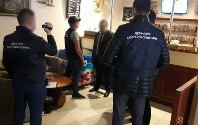 В Хмельницкой области задержали на взятке прокурора