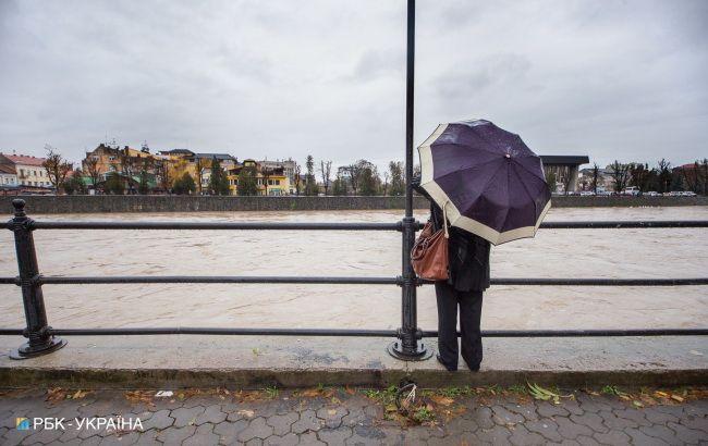Украину снова накроют дожди с грозами