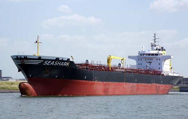 В Украину вернулись пять моряков с задержанного в Египте танкера