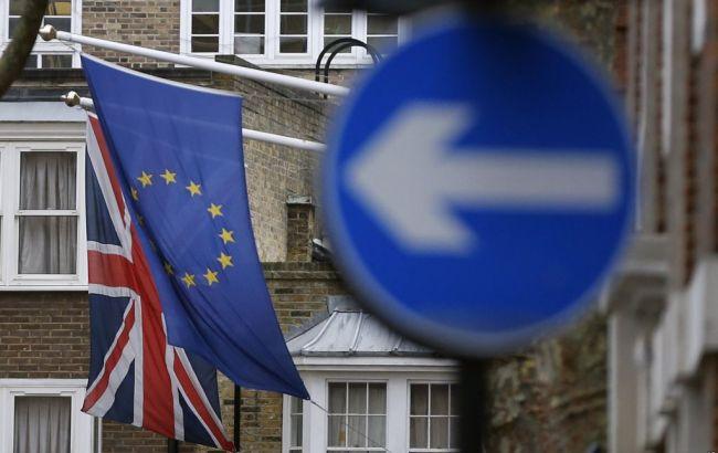 Великобритания может утвердить соглашение по Brexit до июля