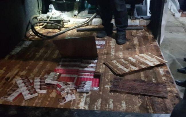 В Закарпатской обл. обнаружили контрабанду более 7 тыс. пачек сигарет