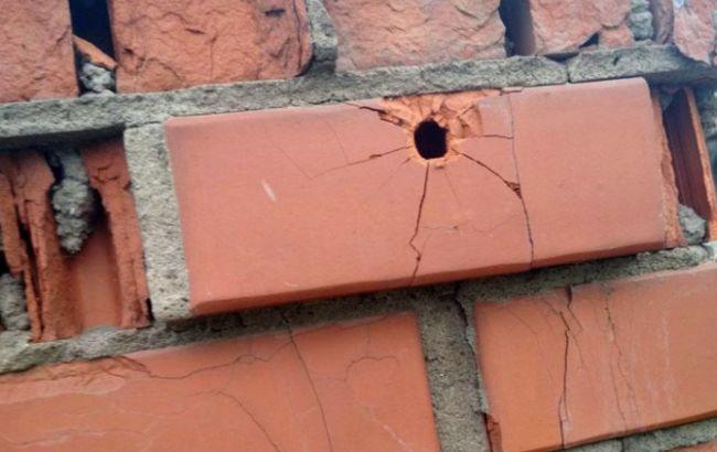В Донецкой обл. мужчина обстрелял жилой дом