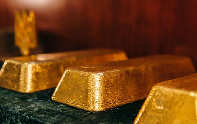Венесуэла продала золото на 570 млн долларов в обход санкций, - Bloomberg