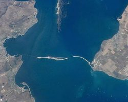 Суд разрешил задержать 15 военных РФ за нападение в Керченском проливе
