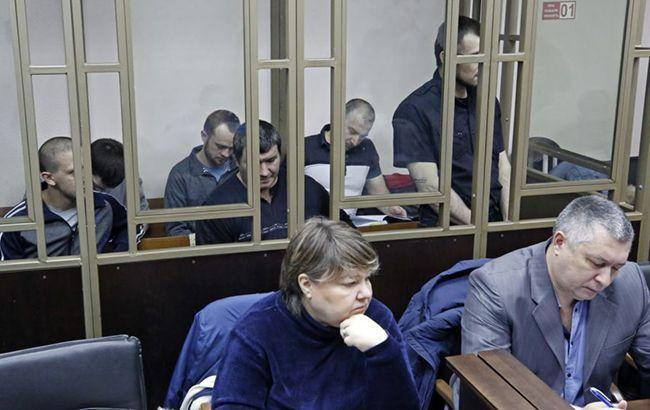 Суд Крыма оставил под арестом четырех фигурантов