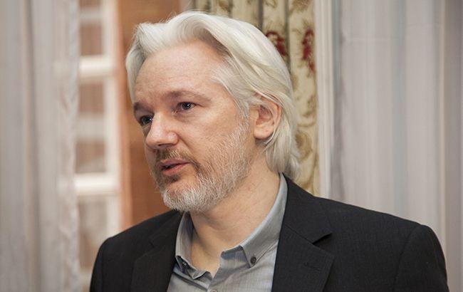 США передали Британии запрос на экстрадицию Ассанжа