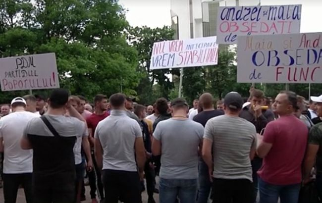 В Молдове из-за кризиса закрыли доступ в воинские части