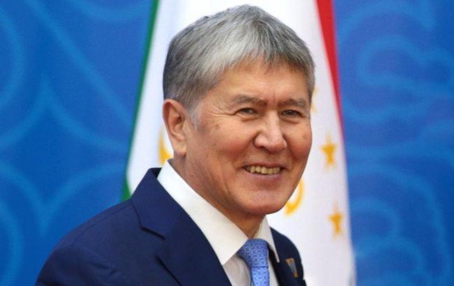 В Бишкеке полиция начала разгон митинга в поддержку Атамбаева