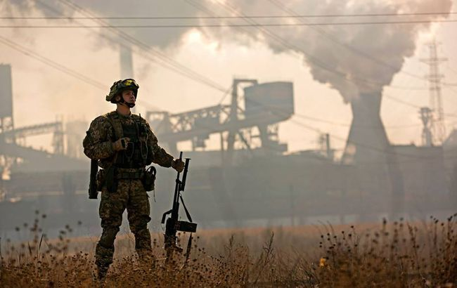 Боевики на Донбассе за день 9 раз обстреляли позиции ООС