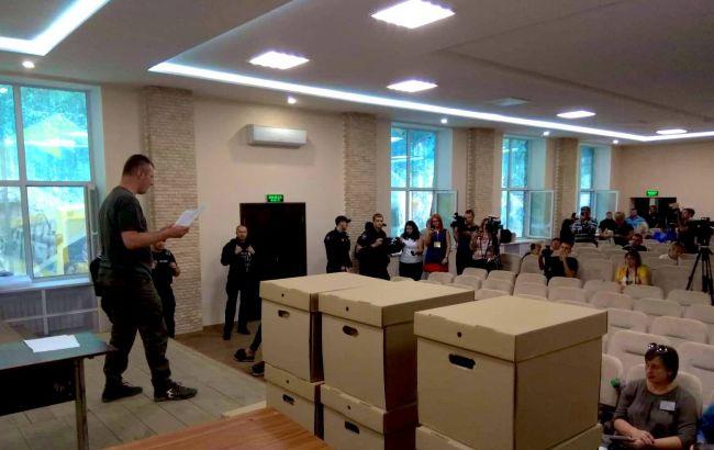 ЦИК составил акты об отсутствии документов с четырех комиссий округа в Покровске