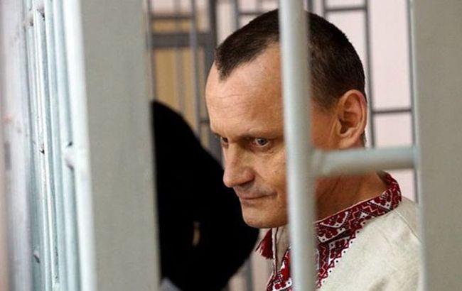 Адвокат Карпюка подтвердил, что политзаключенного перевезли в Москву