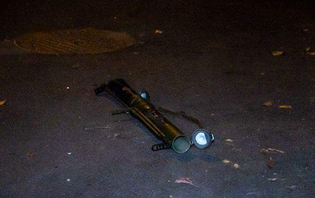 Во Львове обнаружили гранатомет у входа в отель