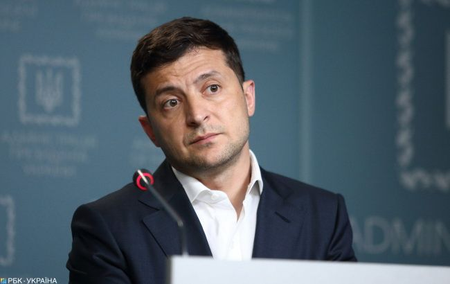 Зеленский дал интервью о 100 днях президентства актеру из сериала