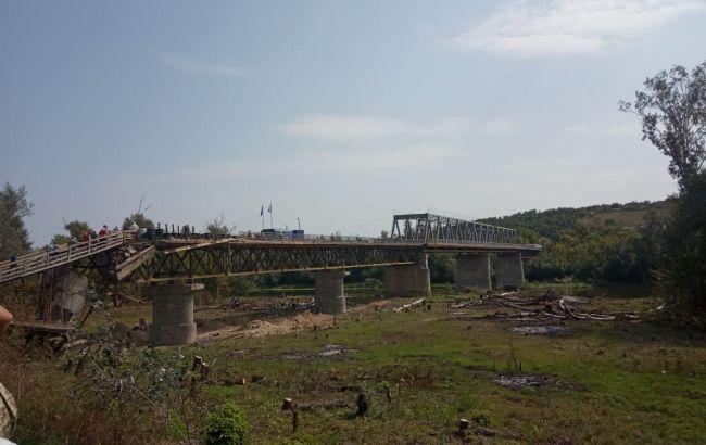 Украинскаясторонадемонтировала фортификации в Станице Луганской