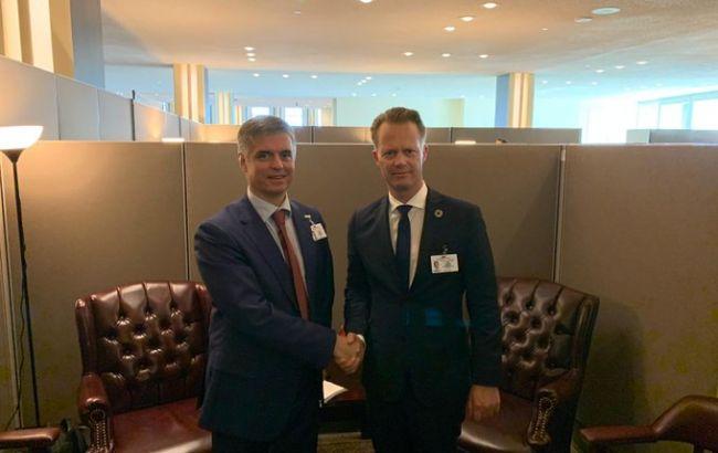 Пристайко обсудил с главой МИД Дании