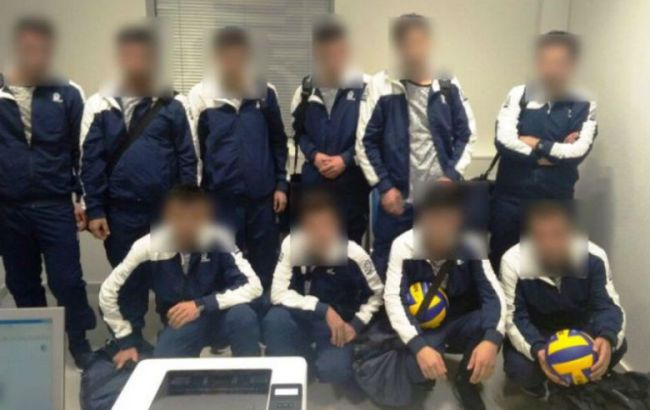 В Греции задержали сирийцев, выдававших себя за спортсменов из Украины