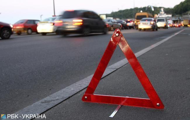 Во Львовской области перевернулся автомобиль, есть пострадавшие