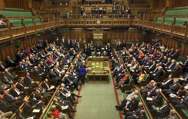 Парламент Великобритании не поддержал досрочные выборы