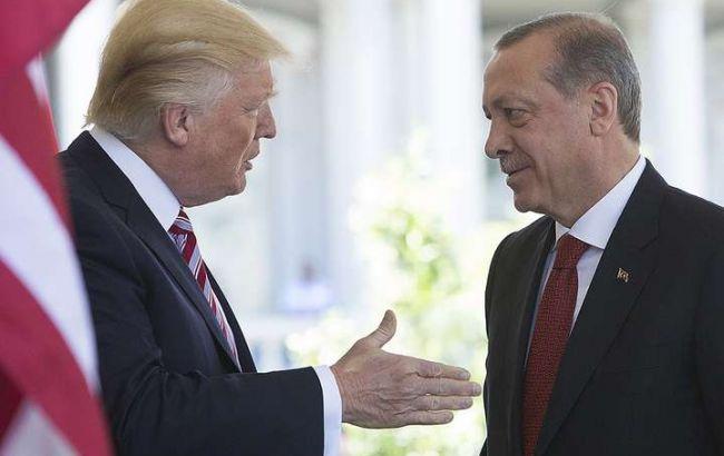 Трамп объявил об экономических санкциях против Турции