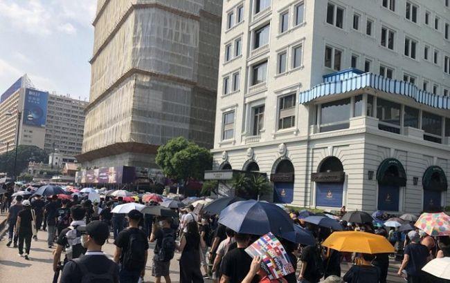 В Гонконге полиция разогнала массовый несанкционированный марш