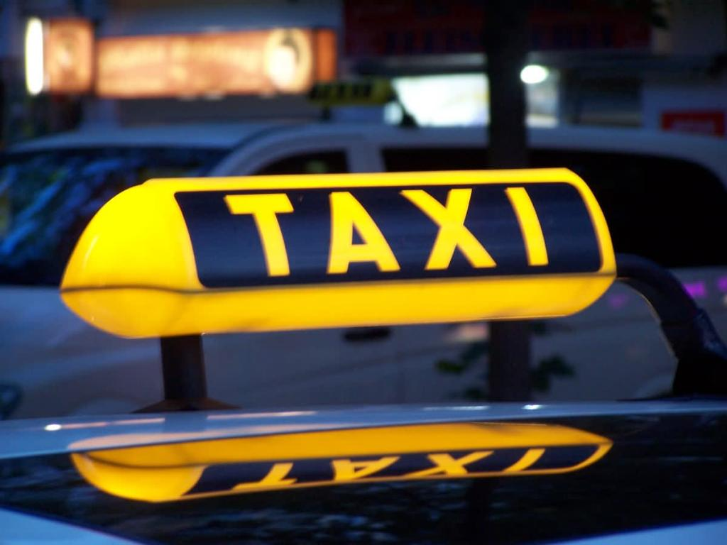 Если вас интересует служба такси с выгодными тарифами в Одессе, рекомендуем «Star Taxi»