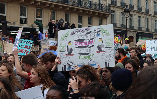 Во Франции объявили климатическое чрезвычайное положение