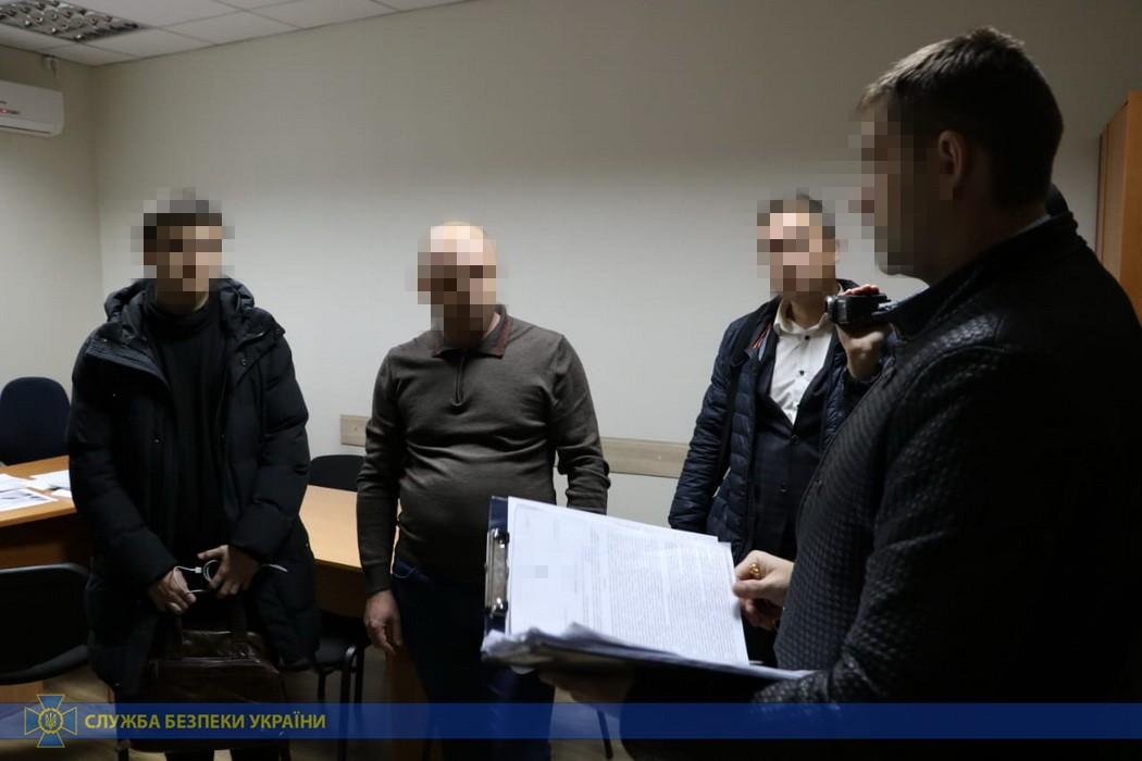 Харьковские чиновники присвоили миллионы на ремонте дорог