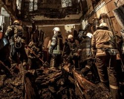 Под завалами колледжа в Одессе обнаружили еще 2 тела