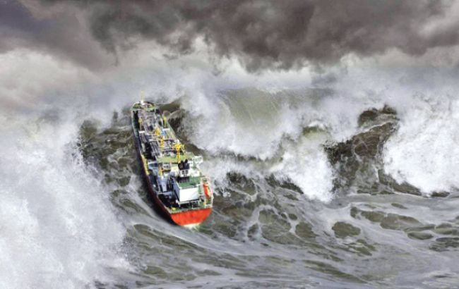 В Греции спасли 14 украинцев с тонущего судна
