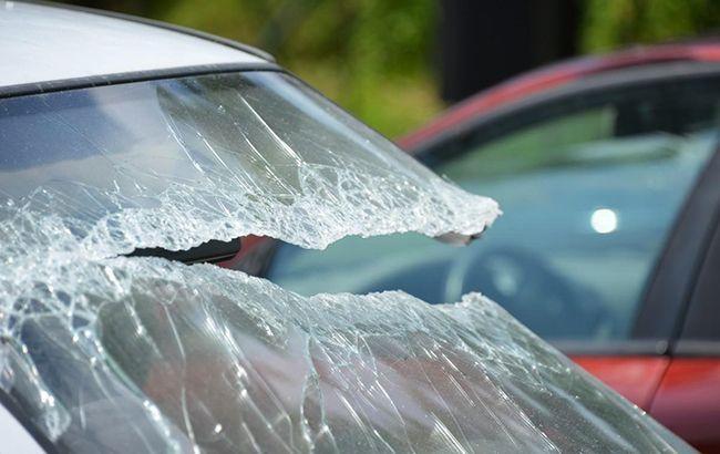 В Киеве автомобиль насмерть сбил пешехода и скрылся
