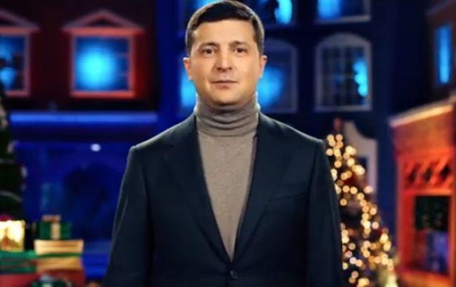 Президент в поздравлении пожелал мира Украине и упомянул о возвращении территорий