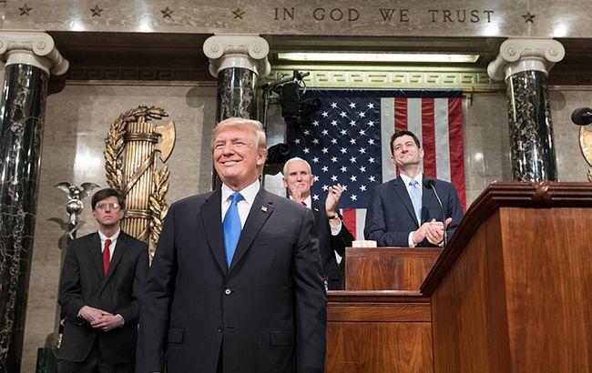 Статьи об импичменте Трампа отправят в Сенат на следующей неделе