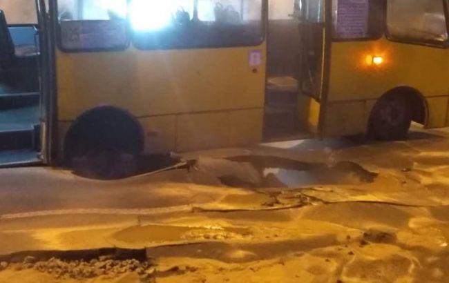 В ГСЧС сообщили о числе пострадавших в результате прорыва трубы возле Ocean Plaza