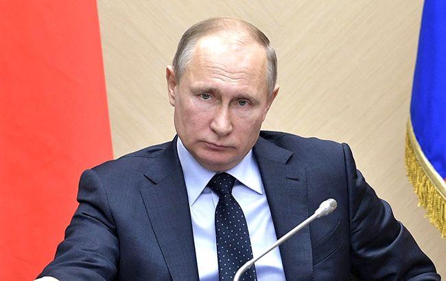 Украина направила ноту протеста России из-за визита Путина в Крым